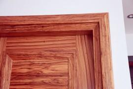 Πόρτα ταμπλαδωτή – Ζεμπράνο